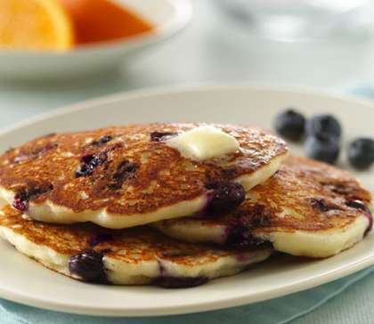 Flour less Oatmeal Blueberry Pancakes